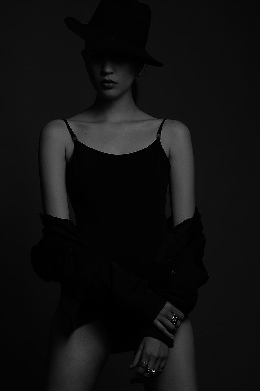 Gloom – Jo Herrera